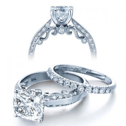 simple cushion cut engagement rings