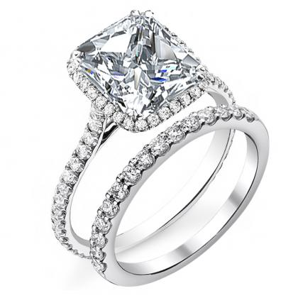 Cathedral Princess cut Engagement Rings