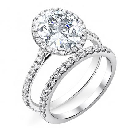 Contemporary Round cut Engagement Rings