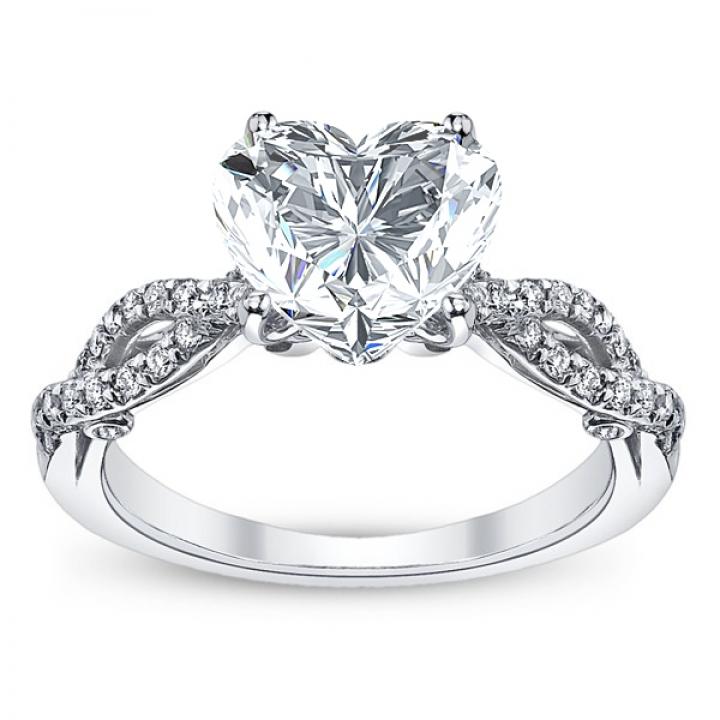 Hand Engraved Heart Shape Engagement Rings