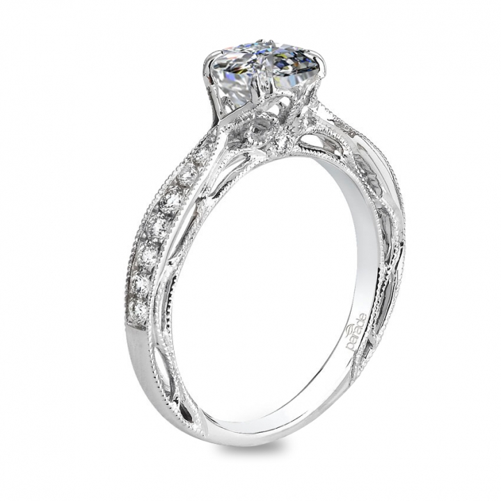 Trendy Cushion cut Engagement Rings