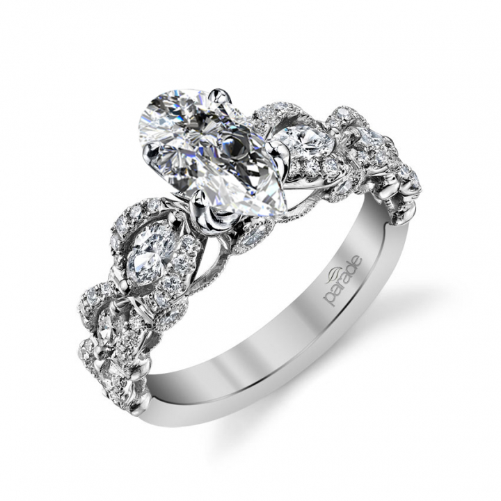 Knots Pear cut Engagement Rings