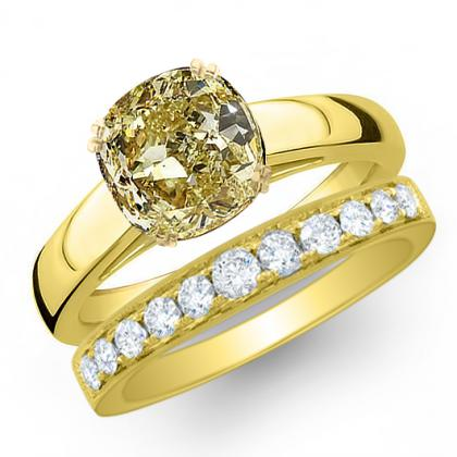 1.085ct. yellow diamond cushion cut solitaire engagement ring  18k yellow gold gia