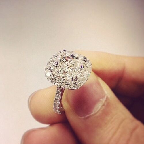 Gorgeous Cushion Cut Halo Engagement Ring In White Gold (1 Carat Center)