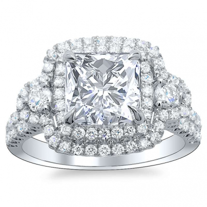 Pattern Princess cut Engagement Rings