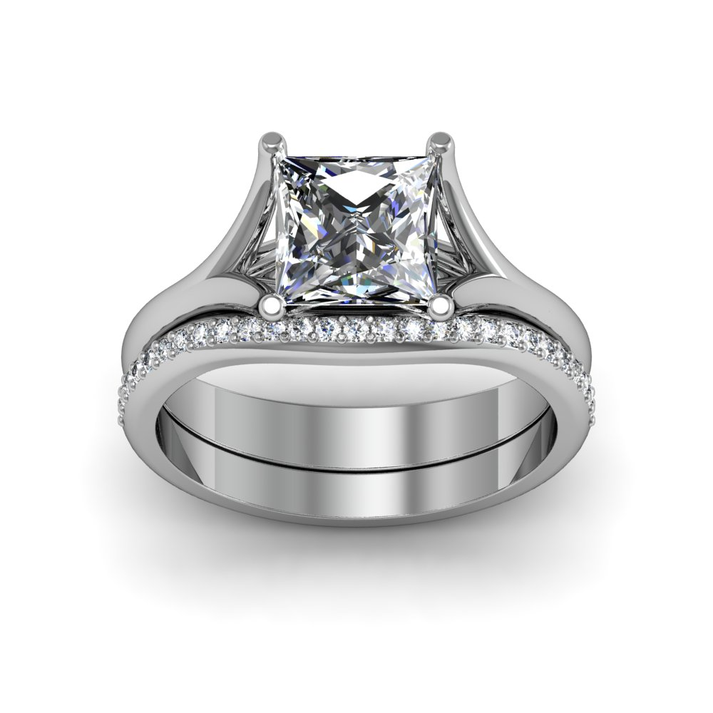 Cushion Cut Split Shank Black Diamond Engagement Rings